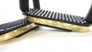 Edler Sicherheits-Steigbügel mit Gelenken, Farbe in Gold - Messing, verziert , 1 Paar